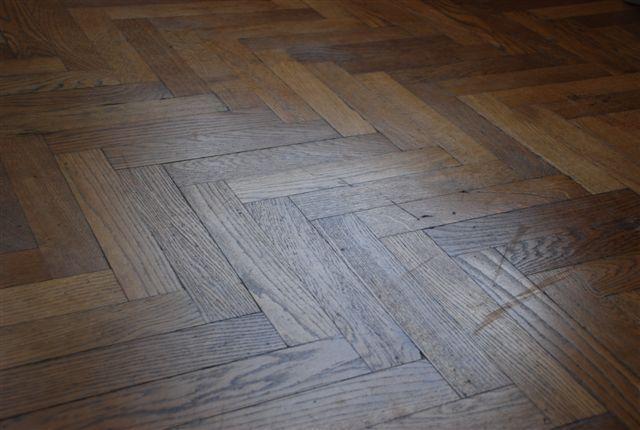 Schoonmaakonderhoud van houten vloeren