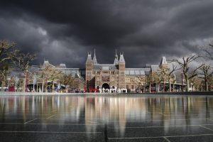Inbesteden schoonmaak Gemeente Amsterdam is onzalige gedachte