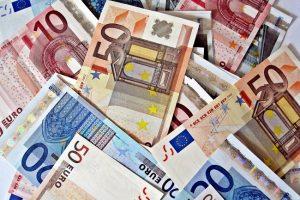 Steeds hogere loonafspraken in nieuwe cao's Inspectie SZW schoonmaakbedrijven Amsterdam