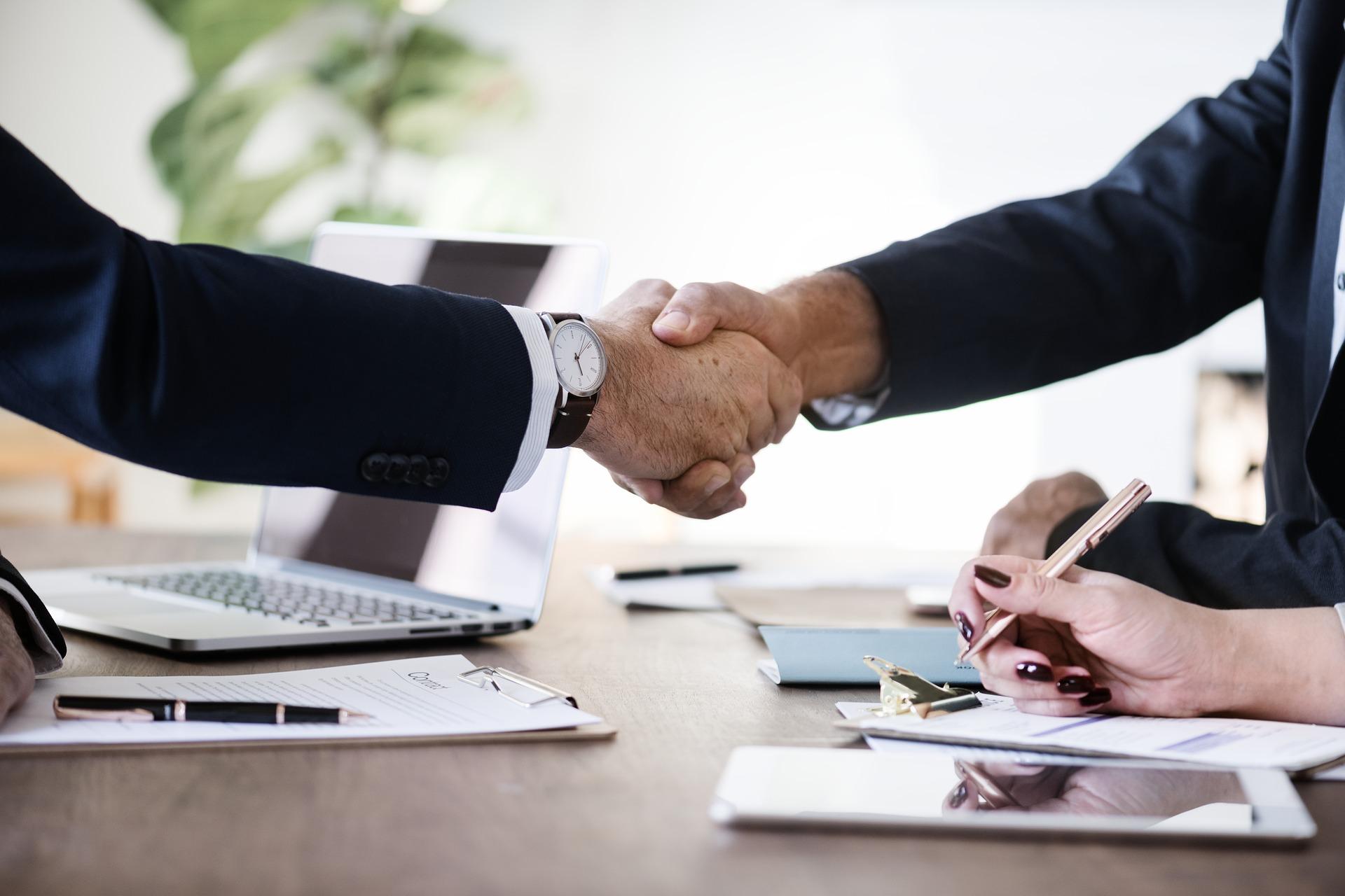 Schoonmaak cao: akkoord na stevig onderhandelen