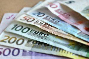 UWV roept op: Nog 2 weken voor definitieve NOW berekening 'Minimumloon moet stijgen naar 14 euro'