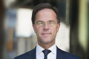 Dag van de Schoonmaker: premier Rutte bedankt schoonmakers