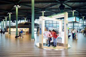 UV-C desinfectie op Schiphol voor eigendommen reiziger