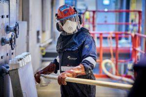 Detonatief reinigen: knallend industrieel schoonmaken