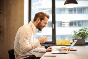 Meer zekerheid werkgevers over loondoorbetaling zieke werknemers