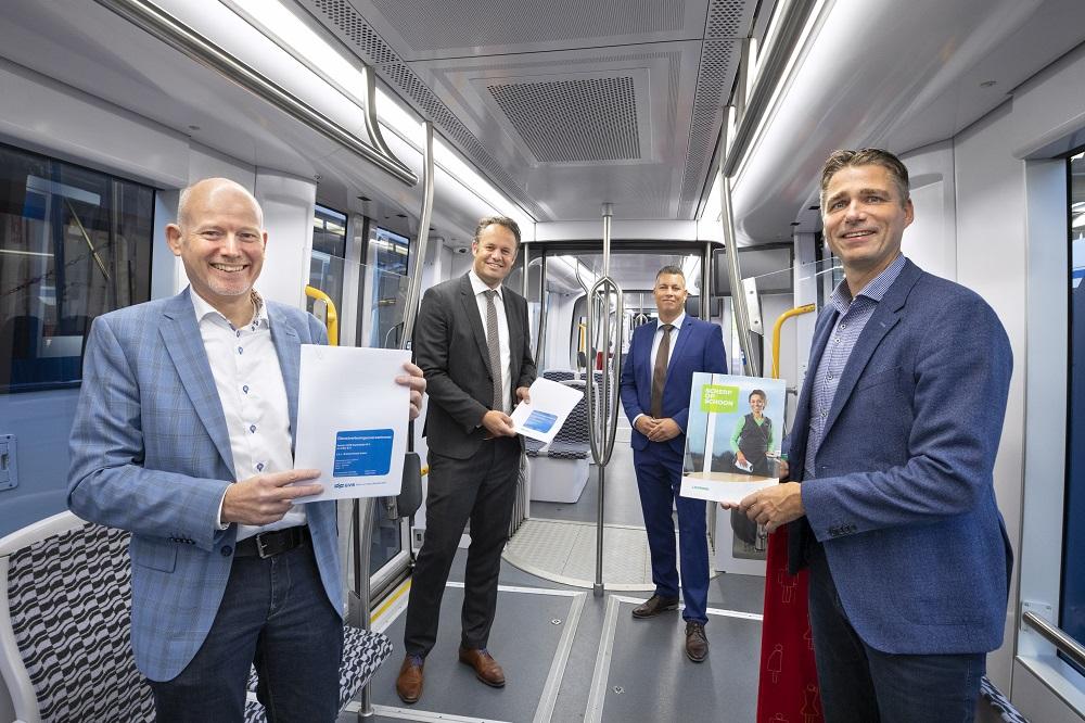 Schoonmaak trams Amsterdam blijft in handen CSU