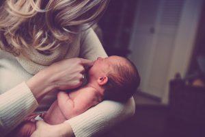 Nieuwe wet betaald geboorteverlof aangenomen